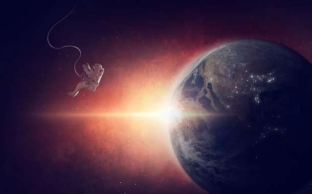 Helen Sharman se refiere a la existencia de extraterrestres