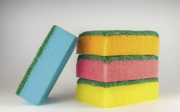 De vendedor a empresario con esponjas de cocina