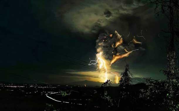 El volcán Taal erupciona y las imágenes son alucinantes