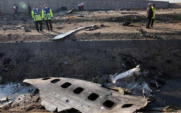 Irán no entregará a EE.UU. las cajas negras del avión Boeing estrellado