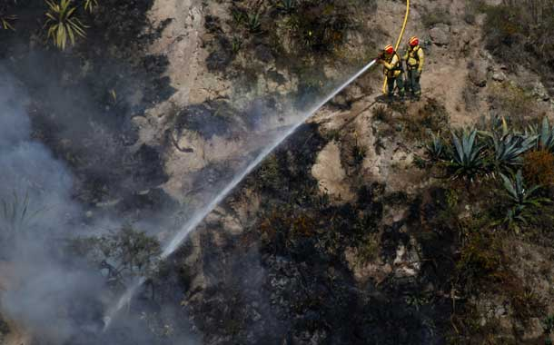 Se logró controlar al 100% el incendio en el cerro Casitagua