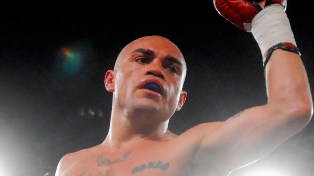 Apuñalan a un excampeón mundial de boxeo argentino en una fiesta de Año Nuevo