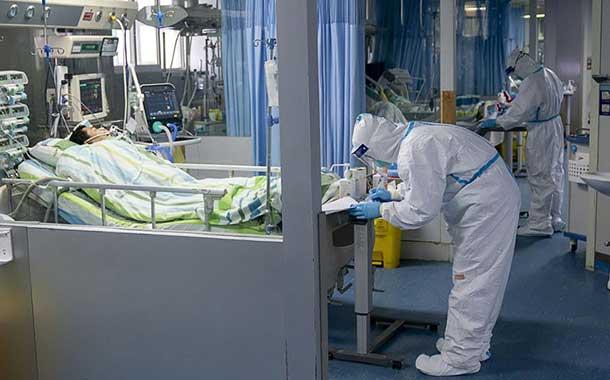 Aumentan a 81 los muertos y a 2 835 los infectados por el coronavirus en China