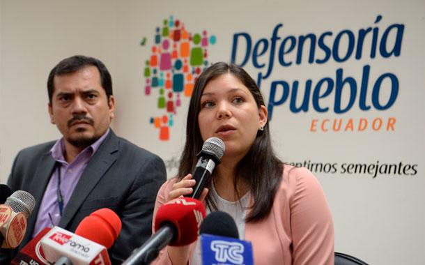 Representantes de SENESCYT y del INEVAL acudieron al llamado de la defensoría