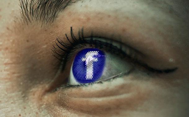 Más fácil censurar desnudos que noticias falsas en Facebook