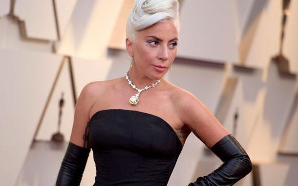 Lady Gaga reveló que fue violada y que padece una terrible enfermedad