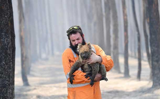 Australia extiende el estado de desastre en las zonas afectadas por incendios