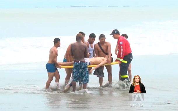 Extranjeros se quedaron atrapados en un remolino marino de 'Playita Mía'