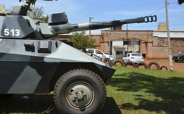 Paraguay refuerza despliegue militar en cárceles tras fuga de 75 presos