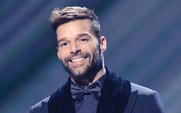Ricky Martin critica la ayuda a los damnificados por los terremotos