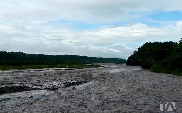 Personas evacuadas ante nueva creciente del río Upano