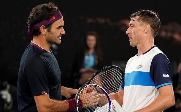 Roger Federer sufre ante Millman en el abierto de Australia