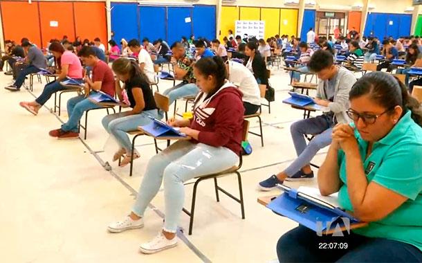 Más de 60 000 estudiantes rindieron el examen Ser Bachiller