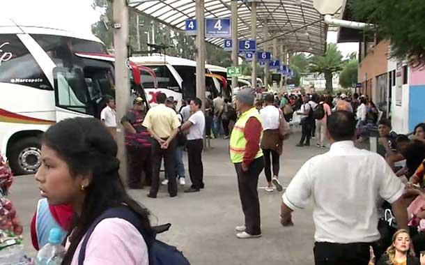 Usuarios se quejan por malas condiciones de la Terminal Terrestre de Carcelén