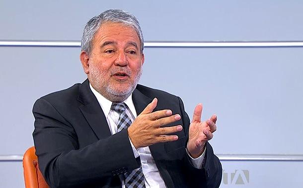 Entrevista a Luis Verdesoto, consejero del CNE