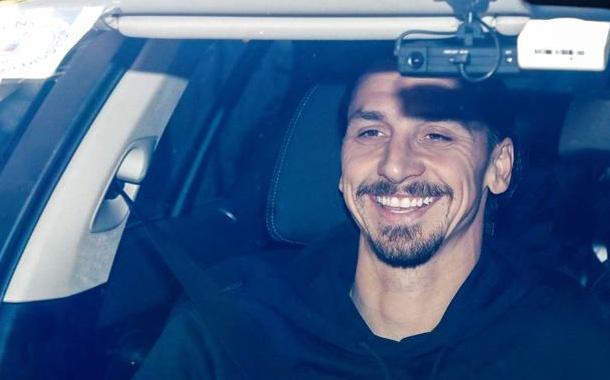 Zlatan ya llegó a Milán