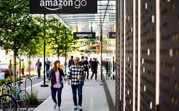 Amazon abre un supermercado sin cajeros a la salida