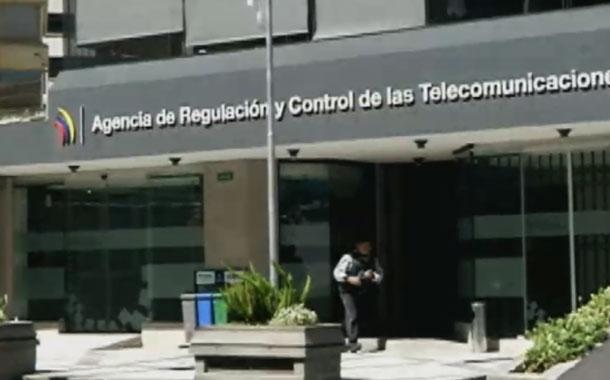 Resolución obliga a Call Center a identificarse y solicitar autorización