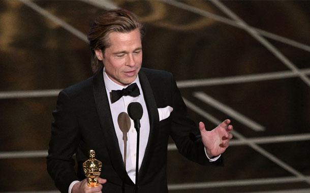 Brad Pitt gana el Oscar con
