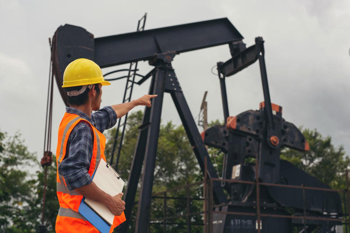 El coronavirus provoca la caída del precio internacional del petróleo