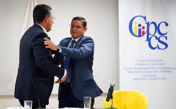 El comité por la institucionalización alista firmas para eliminar el CPCCS