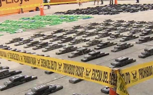 Policía antinarcóticos decomisa más de tres toneladas de droga