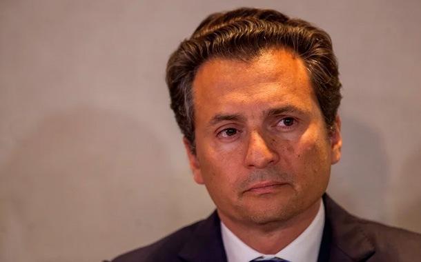 Detienen a exdirector de petrolera mexicana por corrupción