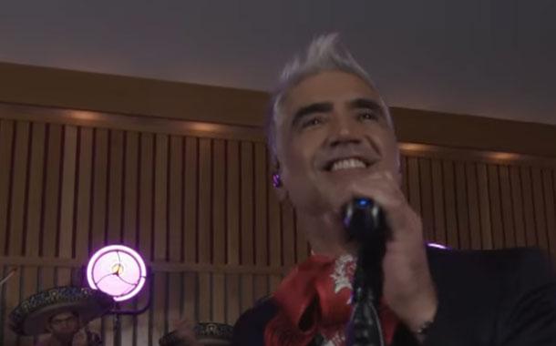 Alejandro Fernández lanzó su nuevo disco en concierto en vivo a través de streaming