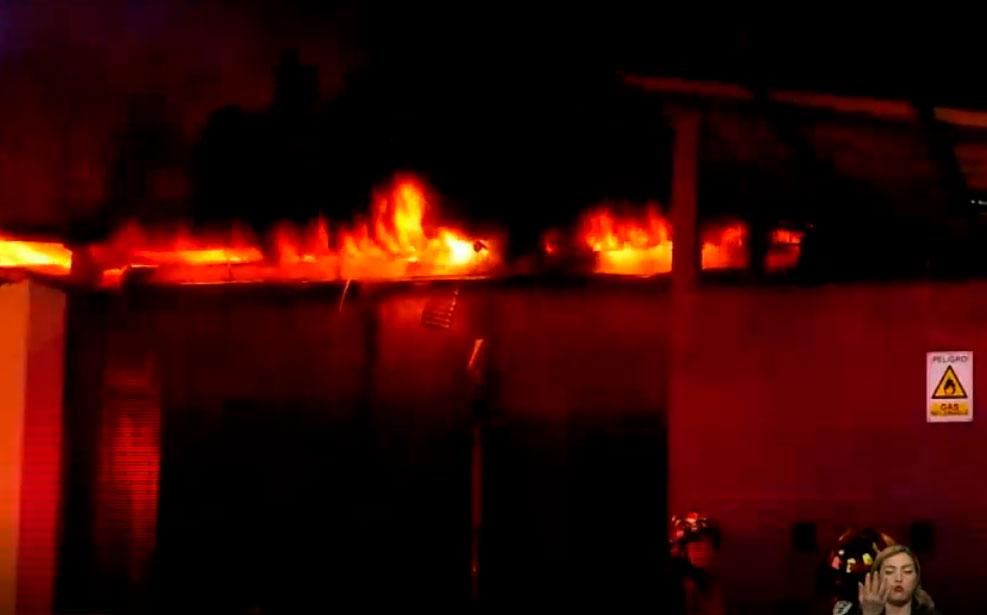 Incendio estructural en el sector de Carcelén Industrial