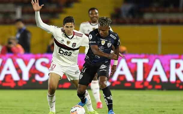 Independiente enfrenta a un Flamengo que recupera a su goleador