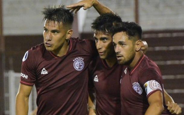 U. Católica sufrió goleada en Argentina ante Lanús