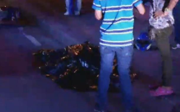 Mujer que conducía una moto falleció en accidente