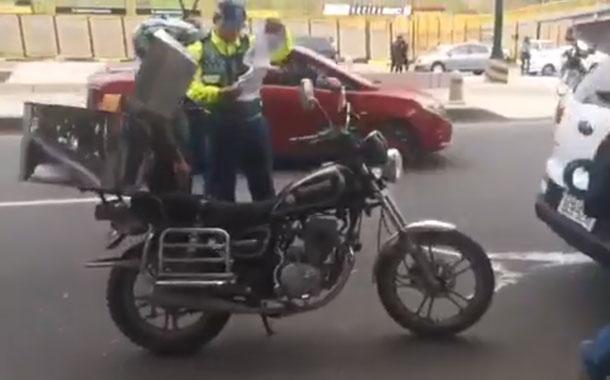 Se realiza operativo para sancionar a quien no tenga placas en su vehículo o motocicleta