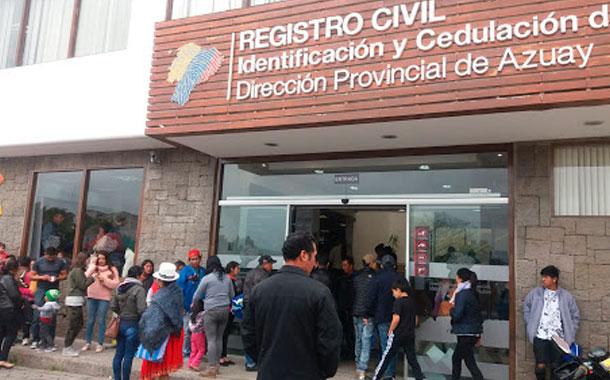 Se detectaron varias irregularidades en los exteriores del registro civil