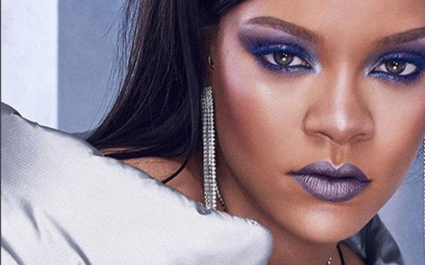 Rihanna derrocha sensualidad en las redes sociales