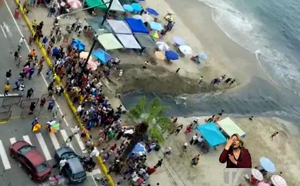 Indignación por desfogue al mar de aguas, posiblemente, contaminadas en Salinas