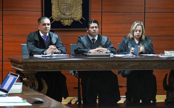 Tribunal rechaza recusación planteada por abogados de Rafael Correa