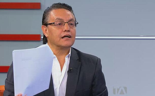 Villavicencio tras la pista de varios casos de corrupción