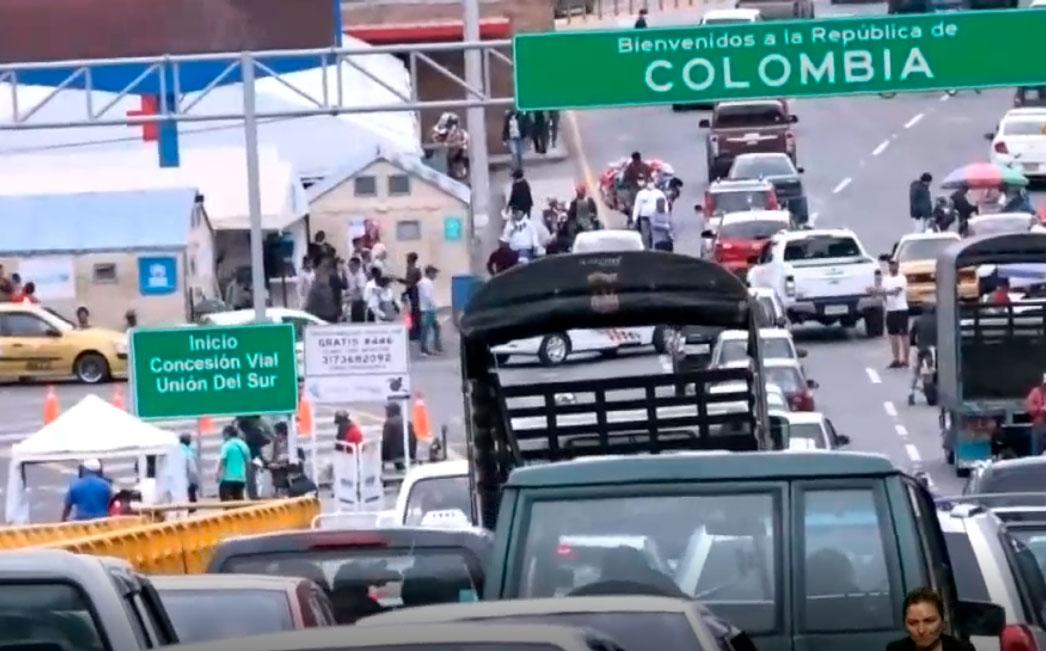 Ecuatorianos cruzaron la frontera hacia Colombia durante el fin de semana