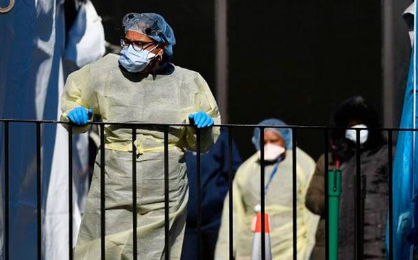 Mueren 518 personas en un día en EEUU por COVID-19