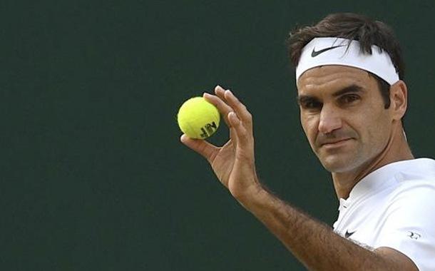 Roger Federer dona un millón de francos suizos a familias vulnerables
