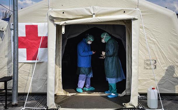 Los muertos en Italia son 7.503 y siguen bajando los nuevos contagios