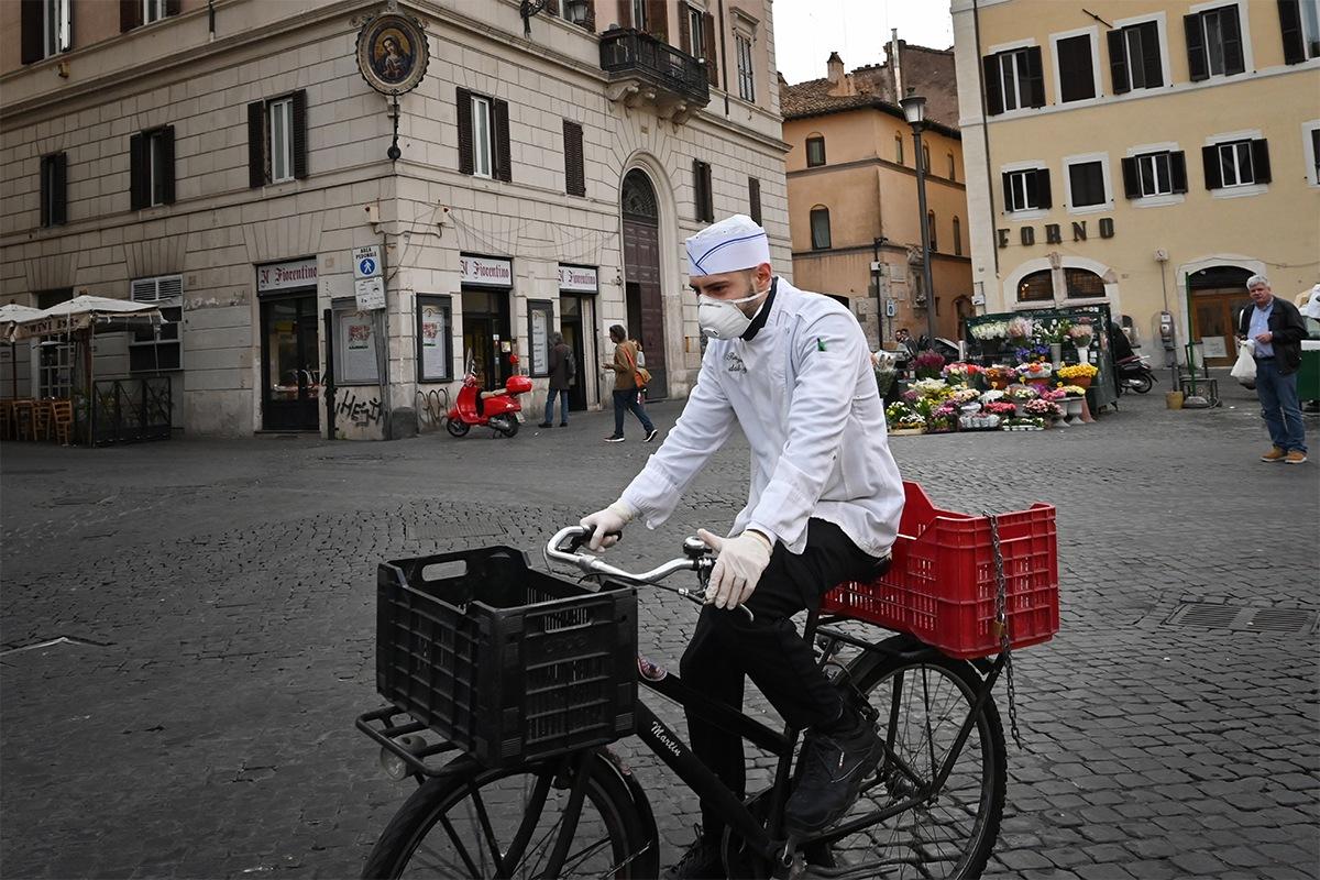 Italia prolonga confinamiento hasta el 12 de abril pese a señales alentadoras