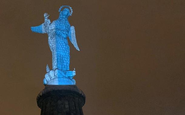 Virgen de El Panecillo se enciende por Guayaquil y Ecuador