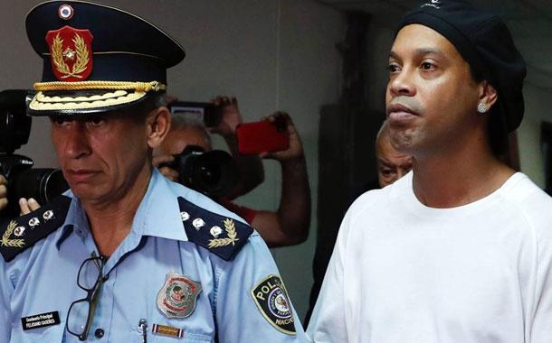 Ordenan prisión preventiva para Ronaldinho y su hermano