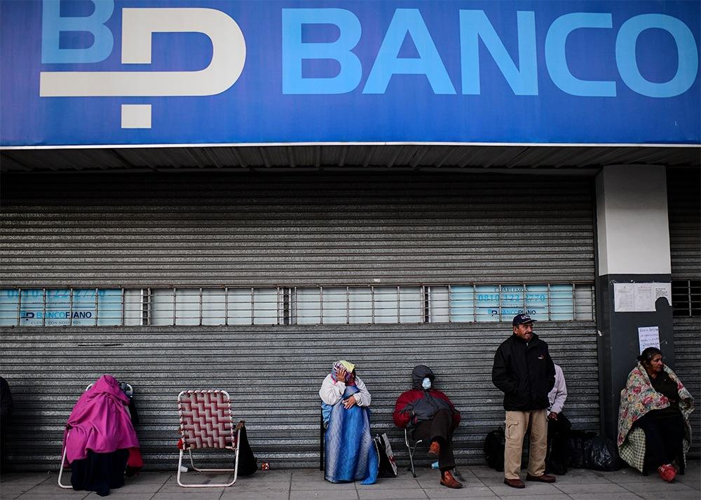 Argentina posterga el pago de deuda local por el coronavirus