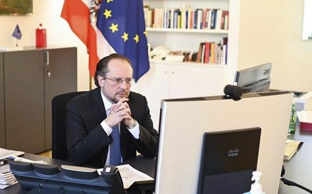 Austria anuncia la reanudación de la mayoría de actividades en mayo