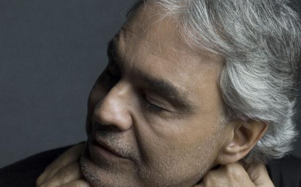 Andrea Bocelli elevará plegarias en forma de canciones