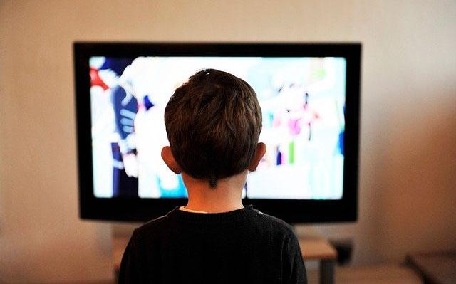 Seis de cada diez niños no pueden estudiar a través de plataformas digitales