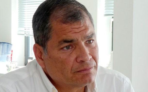 Correa asegura que quieren inhabilitarlo de los comicios